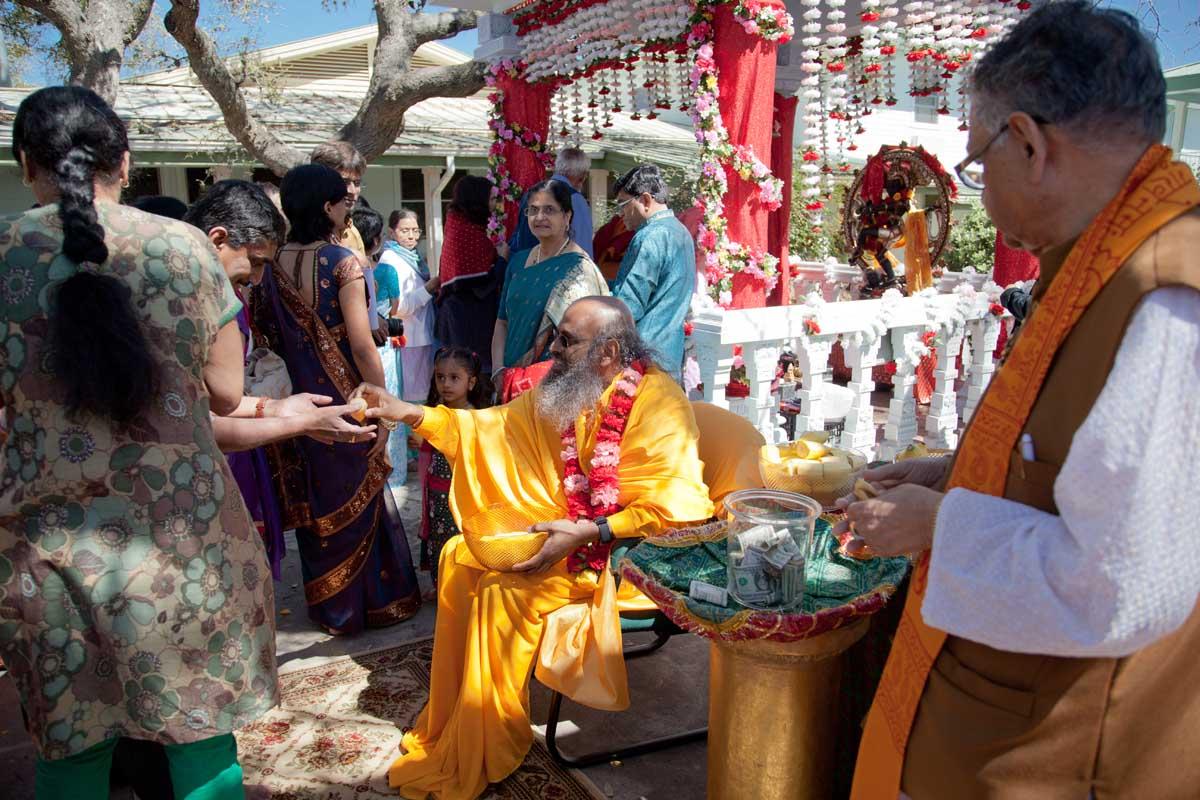 Swami Maheshwarananda Distributes Prashad