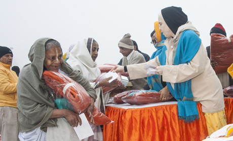distribution_blankets_pic