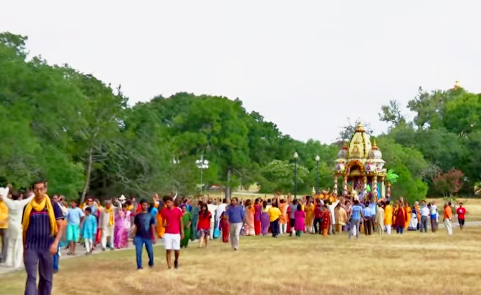Rath-Yatra-Procession-2013